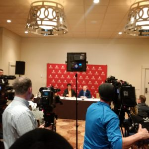 Kinnear and Dias at joint press conference